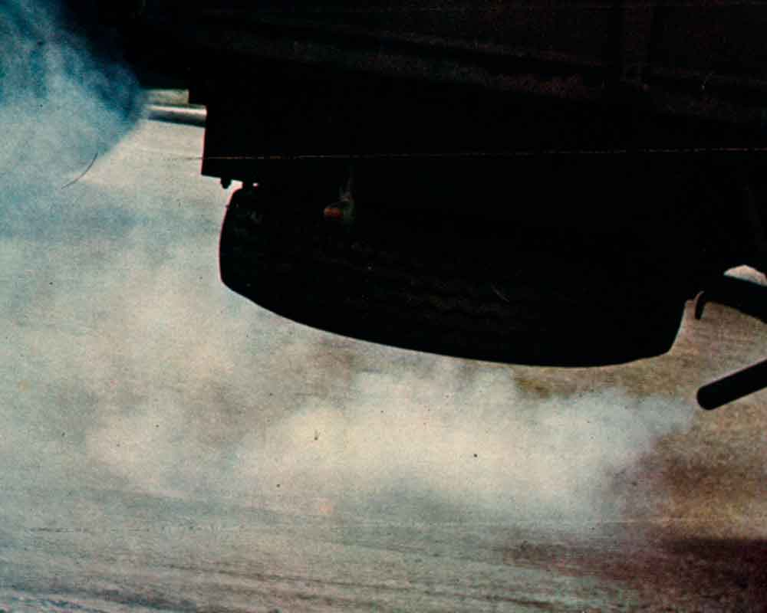 Contaminación motor de explosión