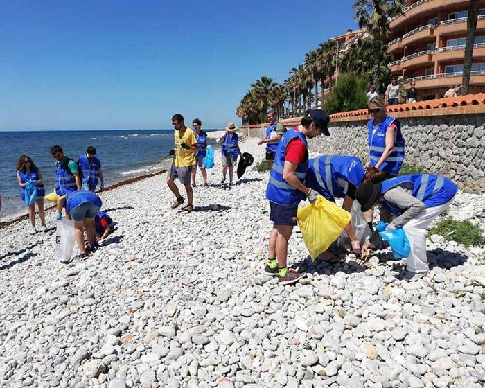 Limpieza de Playas - Siges